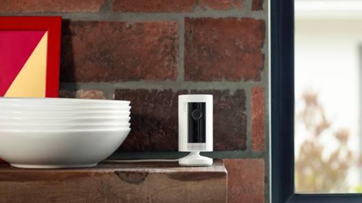 Amazon dévoile sa nouvelle caméra Ring Indoor Cam