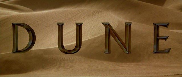 Le titre du film Dune.