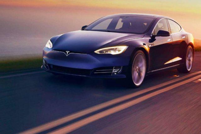 Une Tesla impliquée dans un accident mortel en Californie : l'Autopilot en cause ?