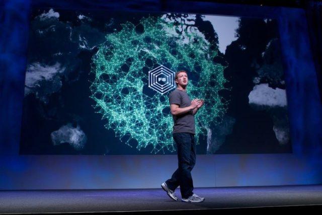 Mark Zuckerber au Facebook F8