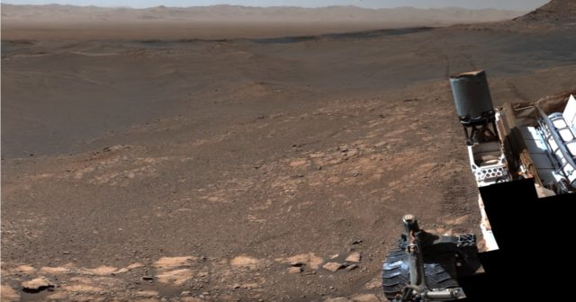 Panorama pris par Mars Curiosity.