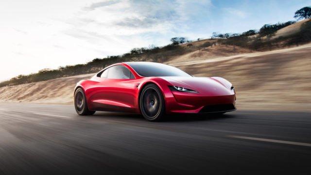 Chez Tesla, des batteries longue durée et du retard pour le Roadster
