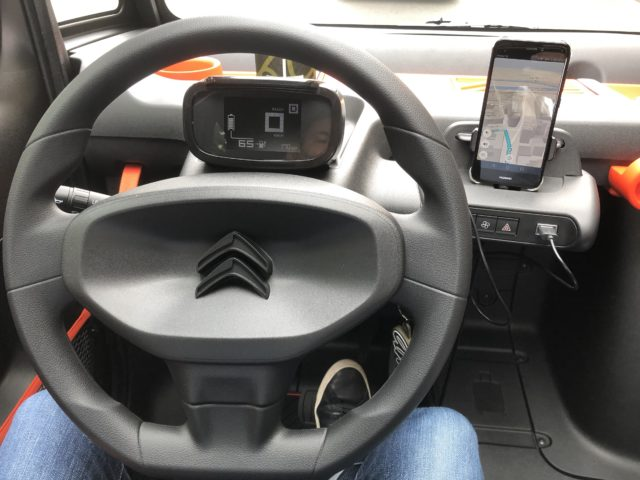[Test] Citroën Ami – 100% ëlectric : une voiture électrique entre deux mondes ! (vidéo) Par Nicolas Valeano (JDG) Img-6180-640x480
