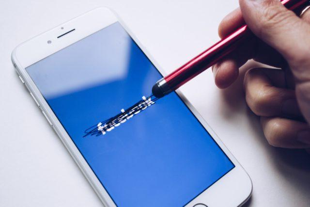 Voici pourquoi: Non, Facebook et Instagram ne quitteront pas l'Europe