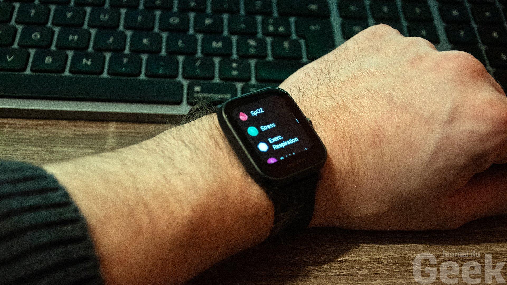 La montre connectée Bip U d'Amazfit se dévoile dans notre test.