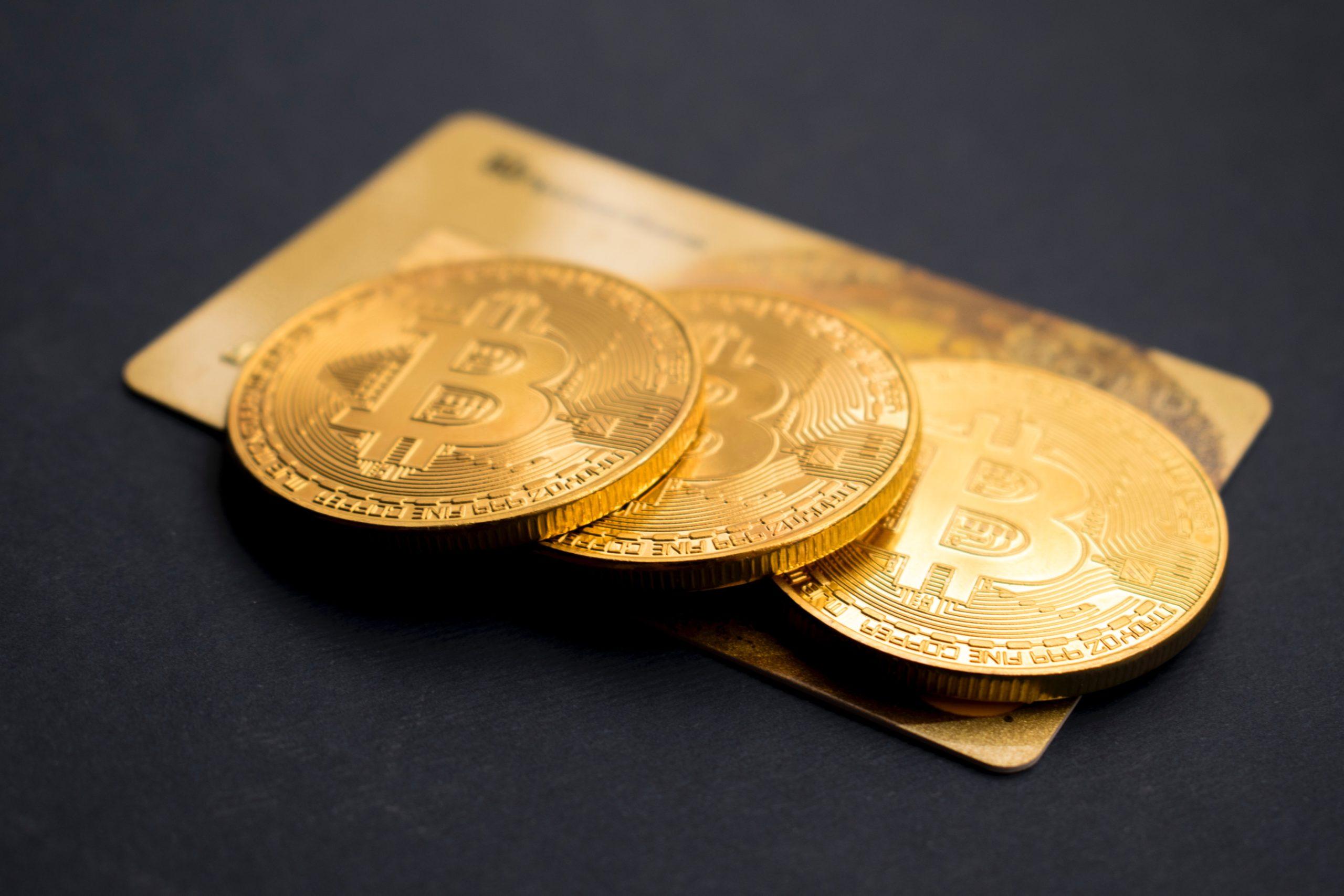 Bitcoin : le big boss de Twitter et Jay-Z investissent à leur tour - Journal du geek