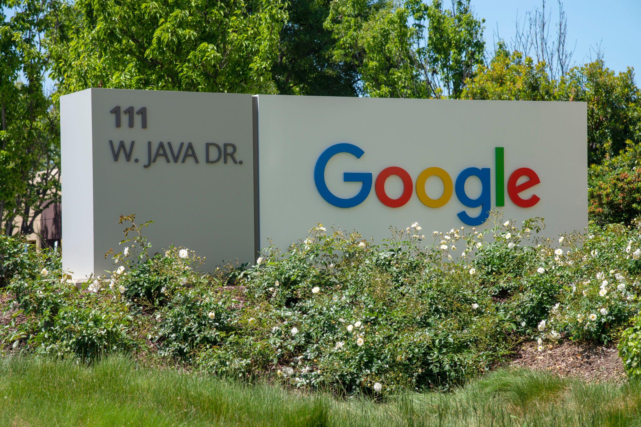 Google : à quoi sert ce câble géant qui relie les États-Unis à la France ? - Journal du geek