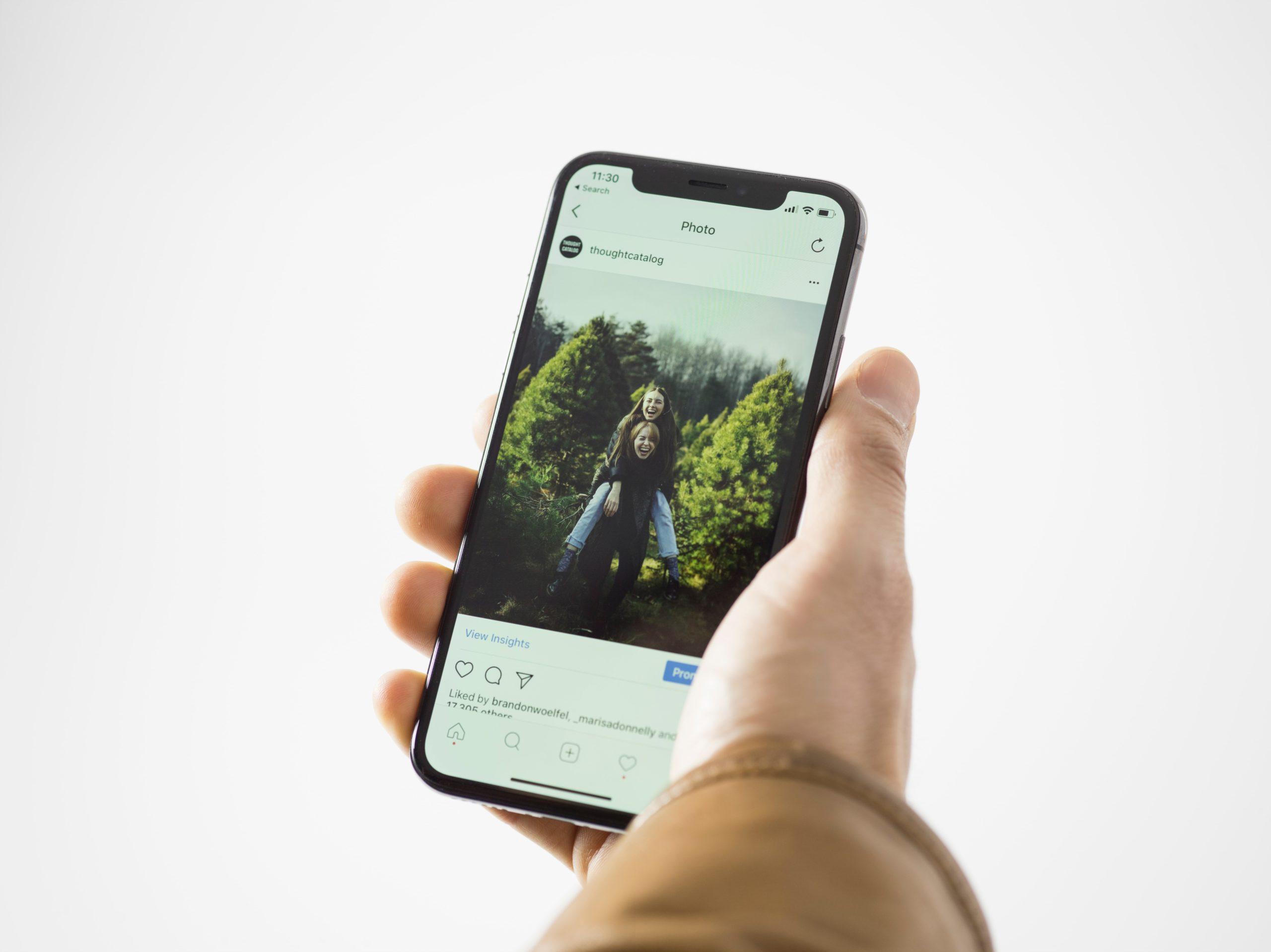Smartphones : le renouvellement anticipé bientôt limité en France ? - Journal du geek