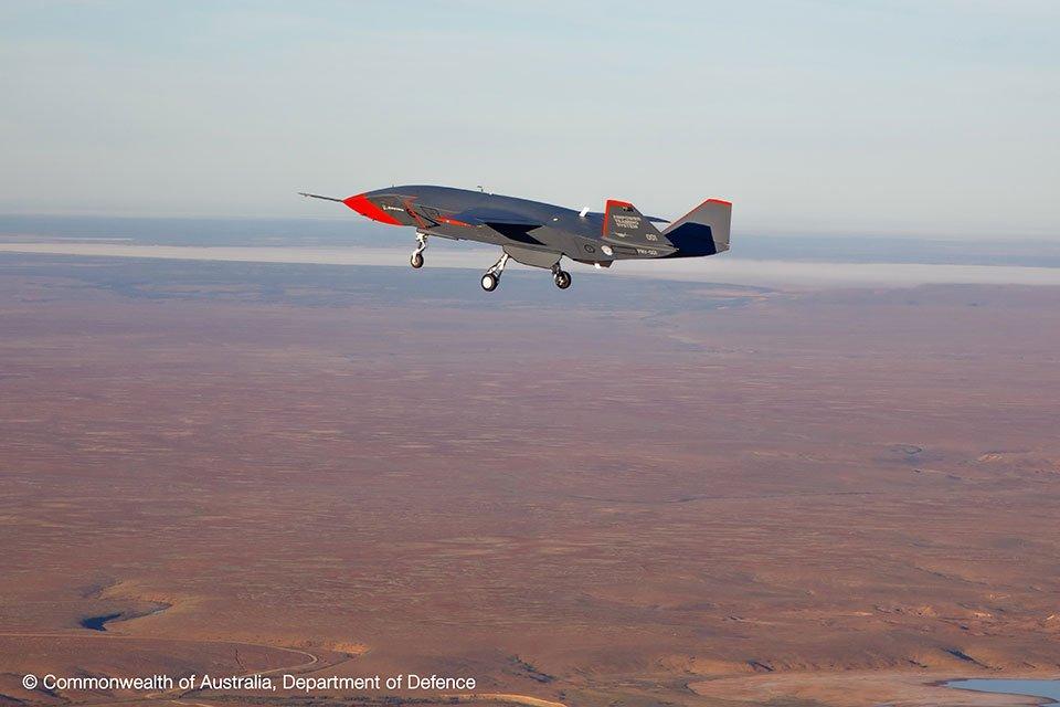 Premier essai pour le drone Loyal Wingman de Boeing, piloté par l'intelligence artificielle - Journal du geek