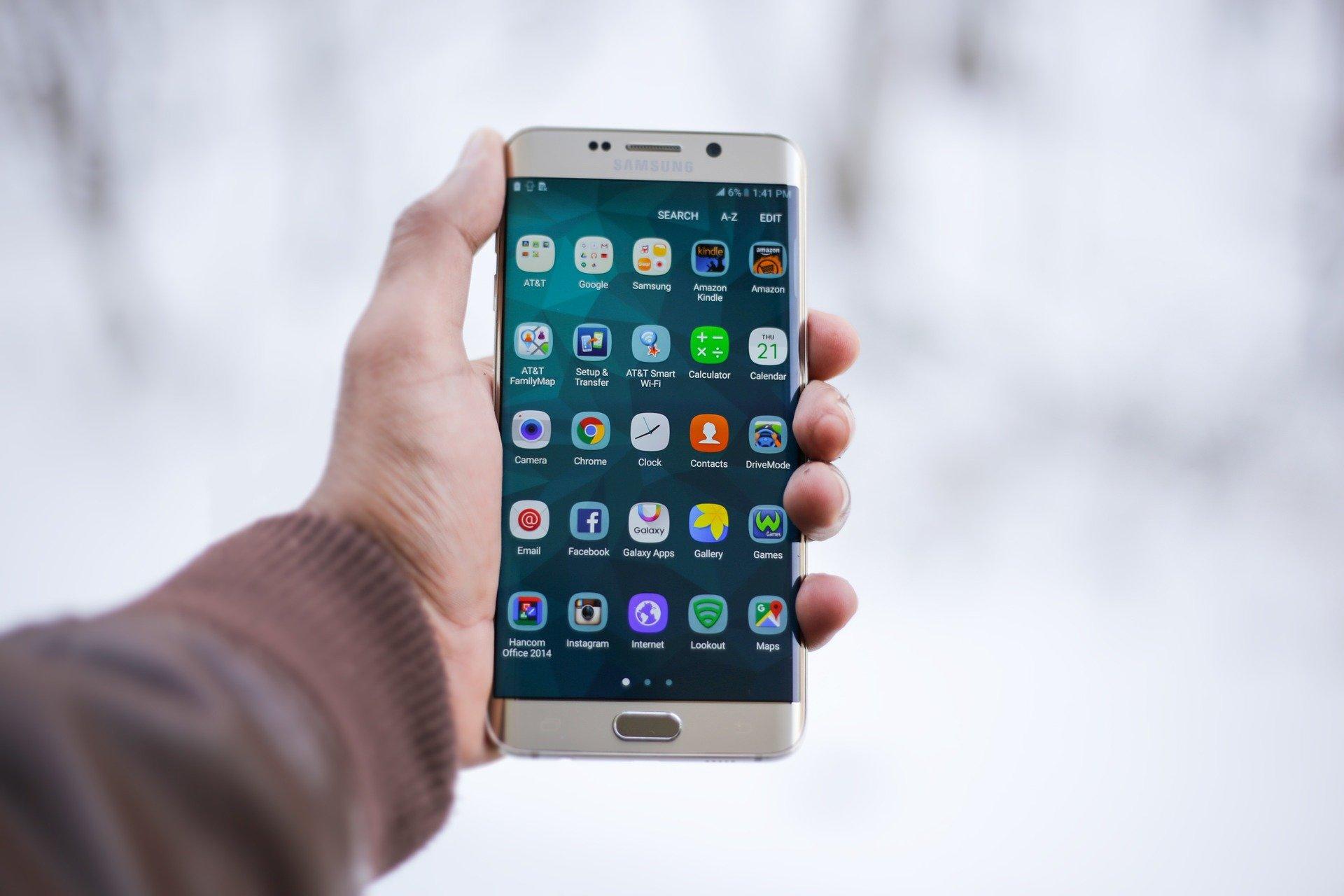 Android : désinstallez d'urgence ces 9 applications, elles vident votre compte bancaire ! - Journal du geek