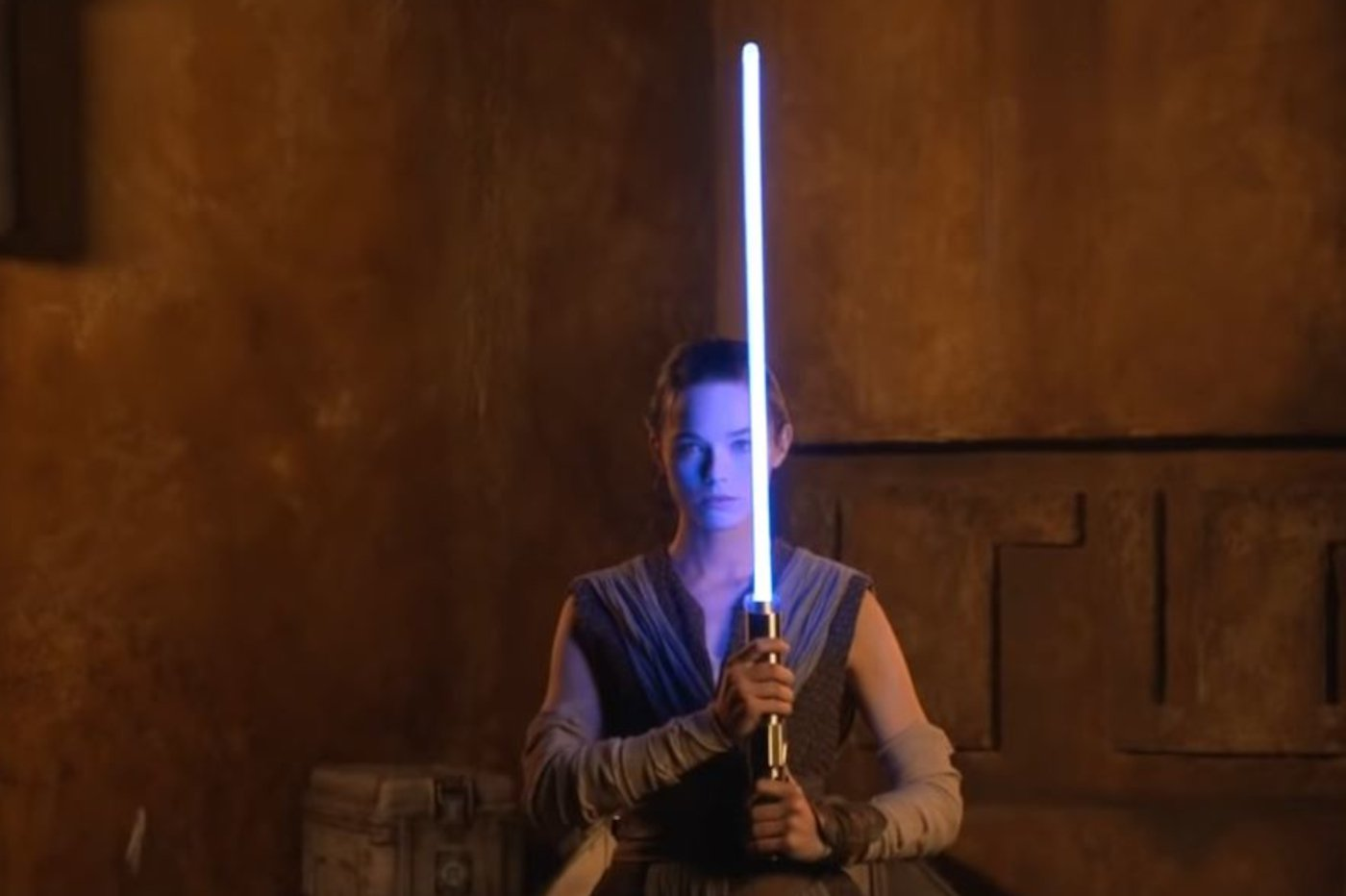 Star Wars : Disney présente un sabre laser plus vrai que nature