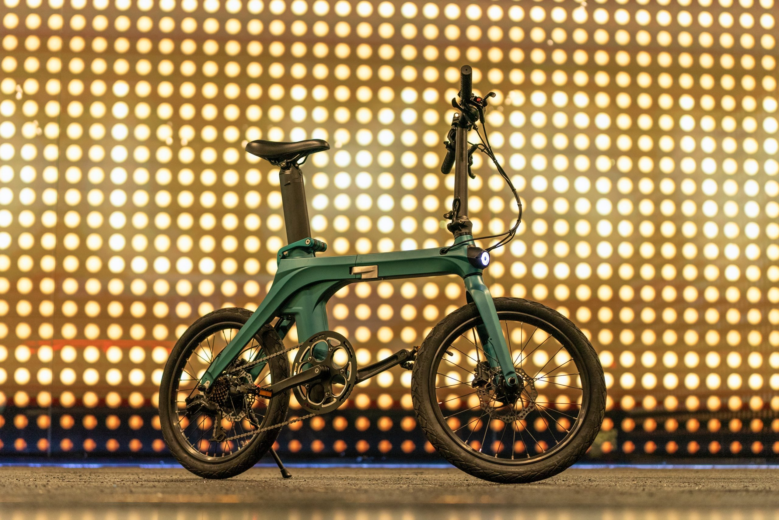 The recent folding electrical bike Fiido X exceeds a million euros on indiegogo